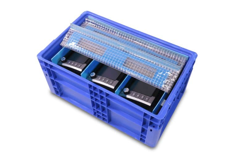 P-Lite dividers with Laminated Cross Linked Polyethylene Foam (XLPE) Dunnage Set with Clear Vinyl Scrim Cover in NF241511 Handheld Tote